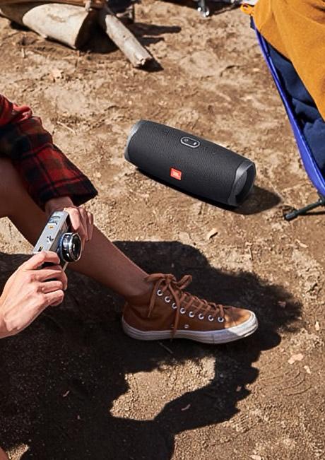 JBL Charge 4 اسپیکر پرتابل قابل حمل ضد آب مقاوم با کیفیت زیبا دارای رنگ بندی جی بی ال شارژ ۴